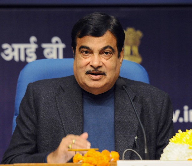 Gadkari Urges Automobile Companies To Diversify to Alternate Fuel
