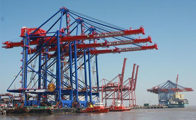 Adani Ports surpasses 0.5-m TEU mark at Hazira in 2017-18