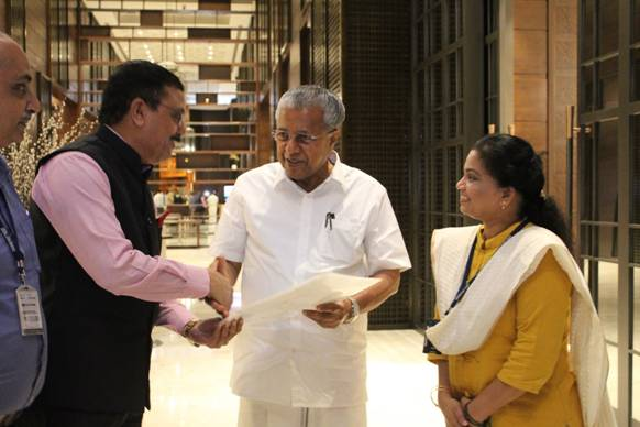 Cochin & Paradip Port Trusts Contribute to Kerala Chief Minister's Relief Fund